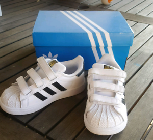 -- KIDS ADIDAS SUPERSTAR SHOES - - BRAND NEW - RRP$70 - -