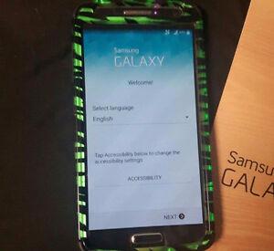 Black Samsung Galaxy S4