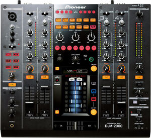Looking for a Pioneer DJM 900 nxs2 for possible trade plus cash