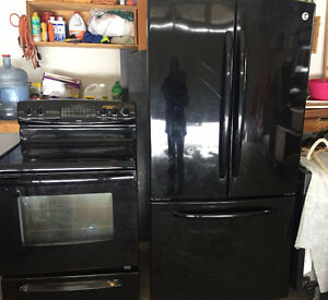 Black Stove & Fridge