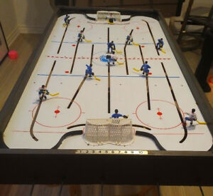 Vintage Eagle COLECO GAME ROOM Tabletop Hockey Game 12 Players
