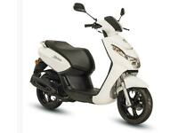 Peugeot Kisbee 50 cc Moped scooter