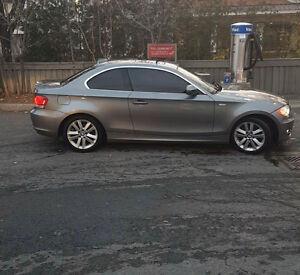 2011 BMW 1-Series 128i Coupe (2 door)