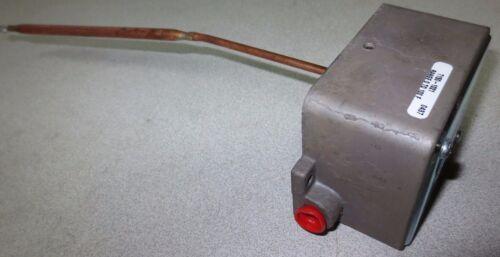 SIEBE / ROBERTSHAW T150-1021 TEMPERATURE TRANSMITTER - 0-100¡F - NEW SURPLUS