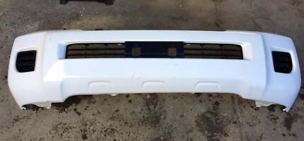 Toyota Land Cruiser 200 series front bumper bar cover  Mordialloc Kingston Area Preview