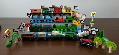 Thomas The Train Wooden Magnetic *Lot* Cars Circus Coal Truck fish Sodor signs++