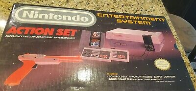 1988 Nintendo Entertainment System Action Set w/zapper gun NEW! missing game
