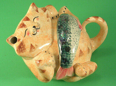 Alexander Ceramics Made in Wales UK Smiling Ginger Kitty Teapot with Fish Dinner