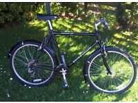 Edinburgh Contour 300 mountain bike. 18'' 21 gears, full mudguards, black, alloy frame