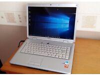 Dell 1525 laptop - Good condition - Windows 10