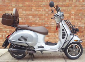 VESPA GTS 300 SUPER ABS , 70th edition - Unique scooter