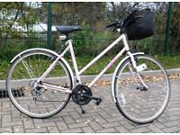 Ladies Traditional Giant Bicycle