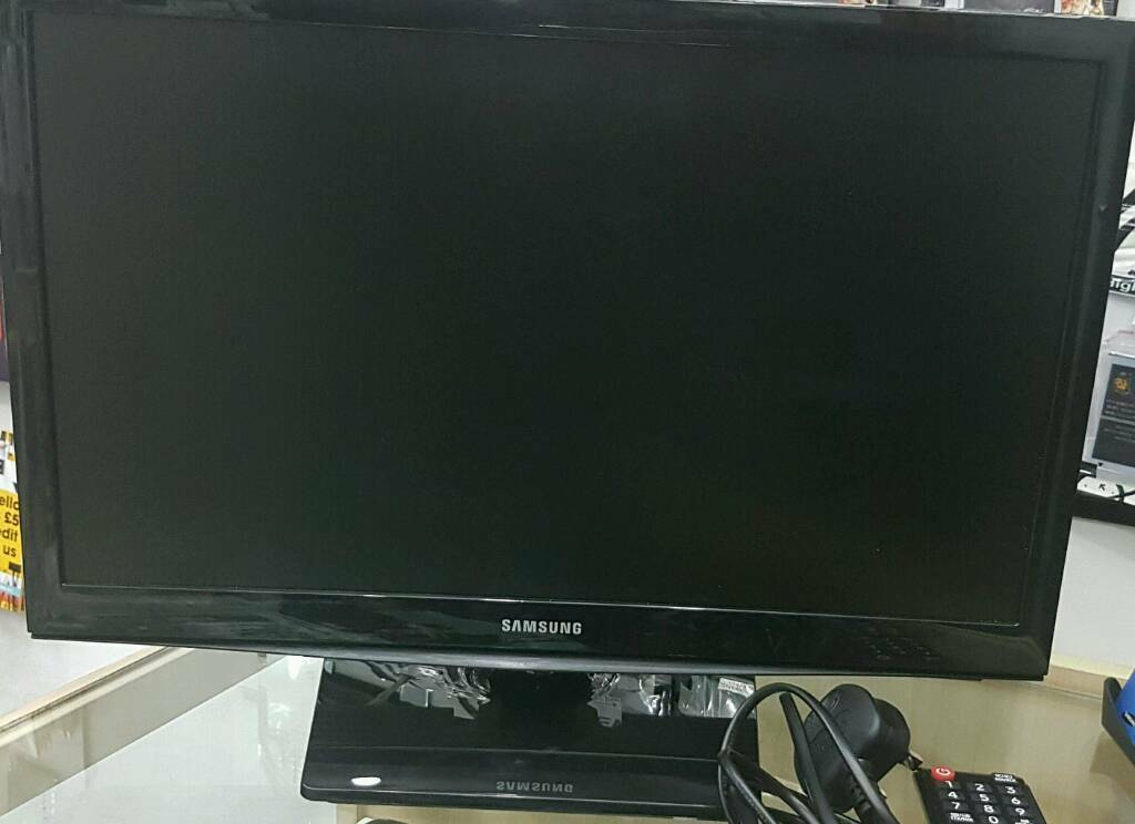 """Samsung UE19H4000 19"""" LED 720p HD Ready Freeview TV Black Brand New Condition With Warrantyin Bradford, West YorkshireGumtree - Samsung UE19H4000 19"""" LED 720p HD Ready Freeview TV Black Brand New Condition With Warranty,Receipt,Cable And Remote Control (No Box)Buy With Peace Of Mind With ReceiptNo Offers No Time Wasters And Just Collection PleaseProduct IdentifiersBrand..."""
