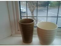 Smart plant pots