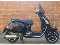 Piaggio Vespa GTS, Excellent Condition with Low mileage!