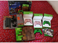 Xbox One S Minecraft Edition 1TB Console + 4 Minecraft Controllers + 4 Games