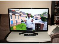 Panasonic 32 inch LED TV with Freeview HD