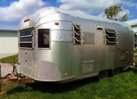 TRAVELUX -the Canadian Airstream Bambi