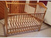 Ex MAMAS & PAPAS NATURAL WOOD BABIES DROPSIDE COT
