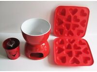 Red Fondue Set with Heart Ice cube trays and decorative pot for Romantic dinner and Christmas