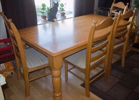 Dining Table and with 5 Chairs