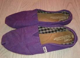 Toms purple