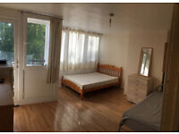 Double / twin room available now in a clean flat, fridge, Tv, two beds, free parking