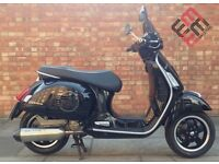 Piaggio Vespa GTS 300, Very low mileage