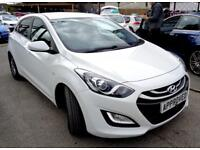 HYUNDAI I30 1.6 ACTIVE CRDI 5d AUTO 109 BHP FREE NATIONWIDE DE (white) 2014