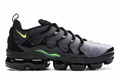 Nike air vapormax plus black white volt size 9 UK NEW condition