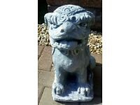 2x Chinese Foo dog statues