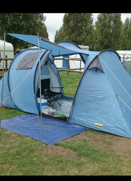 4-6 man tent.....halfords c&ing & 4-6 man tent.....halfords camping | in Sunderland Tyne and Wear ...