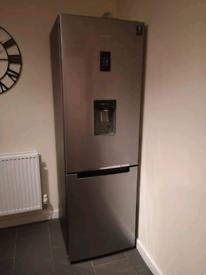 SAMSUNG RB31FDRNDSA 70/30Fridge Freezer
