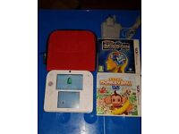 Nintendo 2DS console with 2 games. Super condition