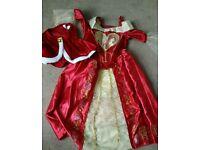 Dress up (lots see photos)