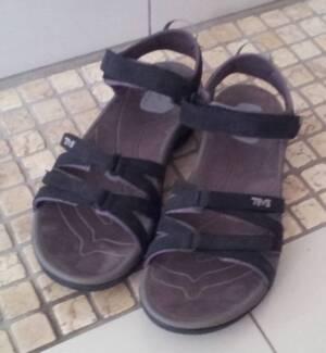 TEVA TIRRA Trekking Sandals, women, black & grey, size 10 (~41) Cairns Region Preview