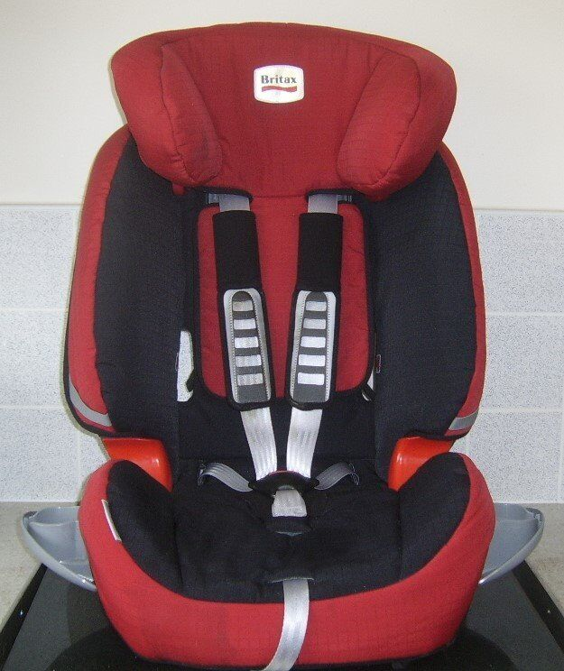 BRITAX TRENDLINE RED BLACK CAR SEAT WITH CUP HOLDERS SUIT 9KG