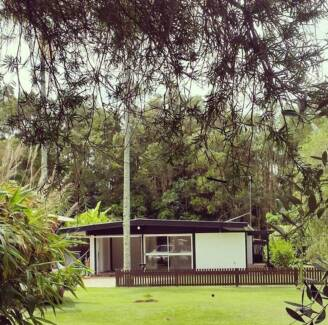 Original 60's house ...3 beds and 50m from the beach