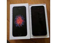 Apple iPhone SE 32gb (2017 model) Unlocked
