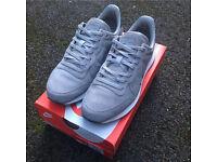 Nike Internationalist Medium Grey Metallic Silver WOMEN UK4