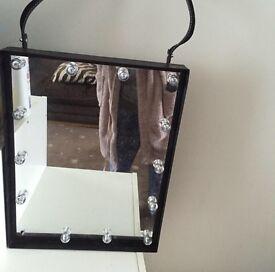 Led hanging mirror