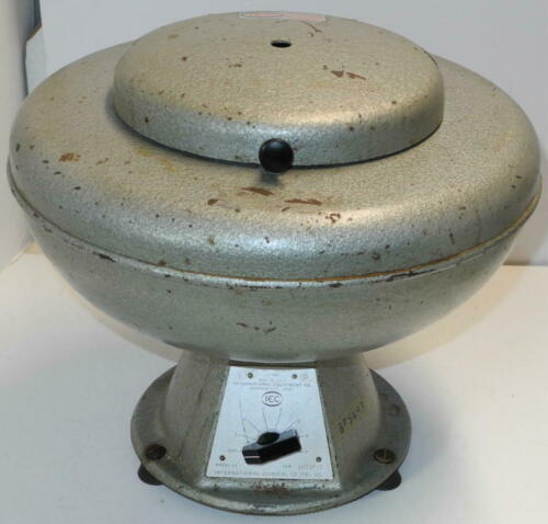 IEC CL Clinical Centrifuge with IEC 221 Swinging Bucket Rotor & IEC 303 Shields