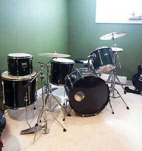 Pearl Export Drums 6 piece with Sabian
