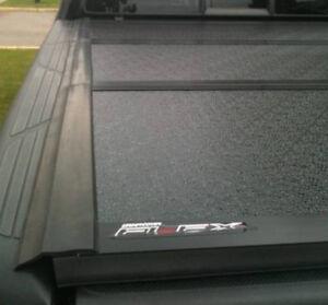 Undervover Flex 6.5' tri-fold hard tonneau cover