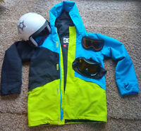 Selling ski helmet, jacket and goggles