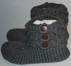 size 12 13 14 15 men slippers handmade crochetted knitted !! West Island Greater Montréal image 1