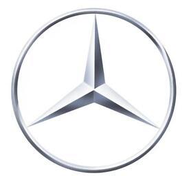 Mercedes-Benz E320 CDI 7G-Tronic Avantgarde Seven Seat Estate Iridium Silver