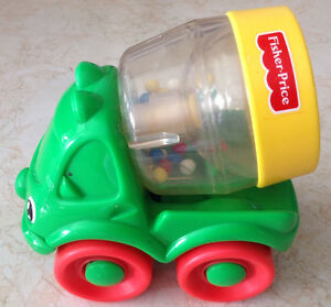 1999 FISHER PRICE # 71333 HAPPY CEMENT MIXER GREEN RATTLE Gatineau Ottawa / Gatineau Area image 2