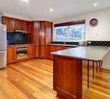 Second Hand Solid Timber Kitchen $950 ONO Rye Mornington Peninsula Preview