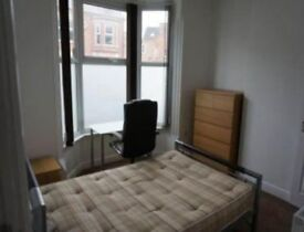Double bedroom - ideal for professional / student